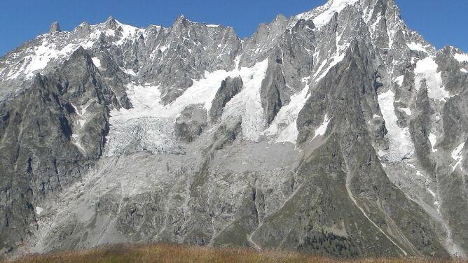 Ewakuacja przez ryzyko rozpadu lodowca