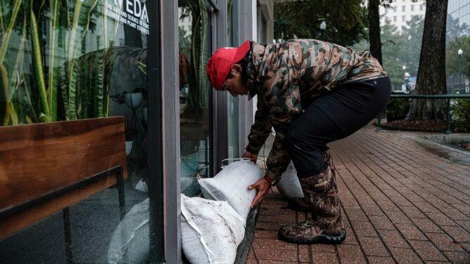 Huragan Delta uderzył w Luizjanę. Ponad 450 tysięcy odbiorców bez prądu